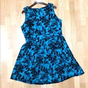 Ixia/ModCloth dress